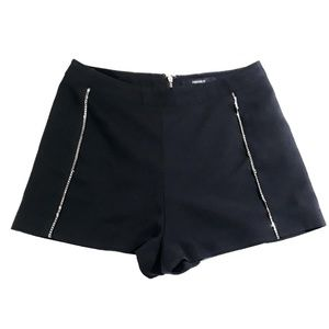 Forever 21 Black Hot Pants Shorts with chains XS